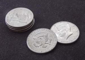 コインマジックの標準的銀貨であるハーフダラー