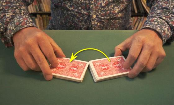 Table riffle shuffle 03